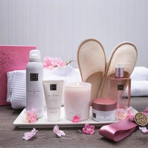 An example of a spa themed relaxing promotional gift set